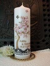 Individuelle Hochzeitskerze Mariella mit Kirschblüten