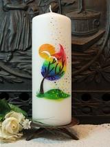 Taufkerze Aurora mit Regenbogenbaum